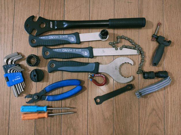 工具を並べまくった写真