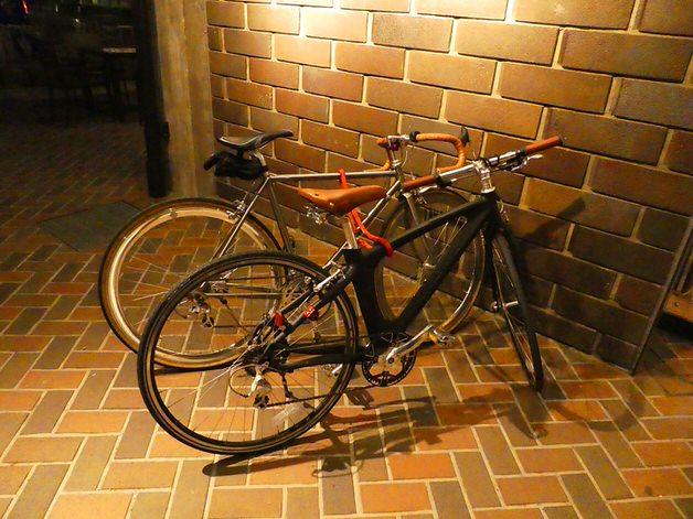 クロモリとカーボンの自転車