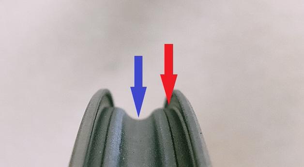 ホイールの外周から中央部分に移動